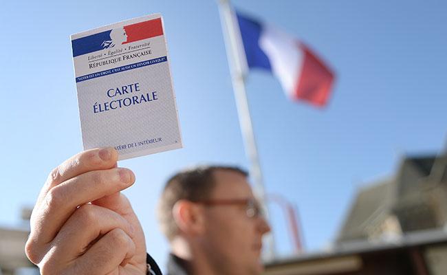 Futuro y estabilidad del euro pendientes de elección francesa