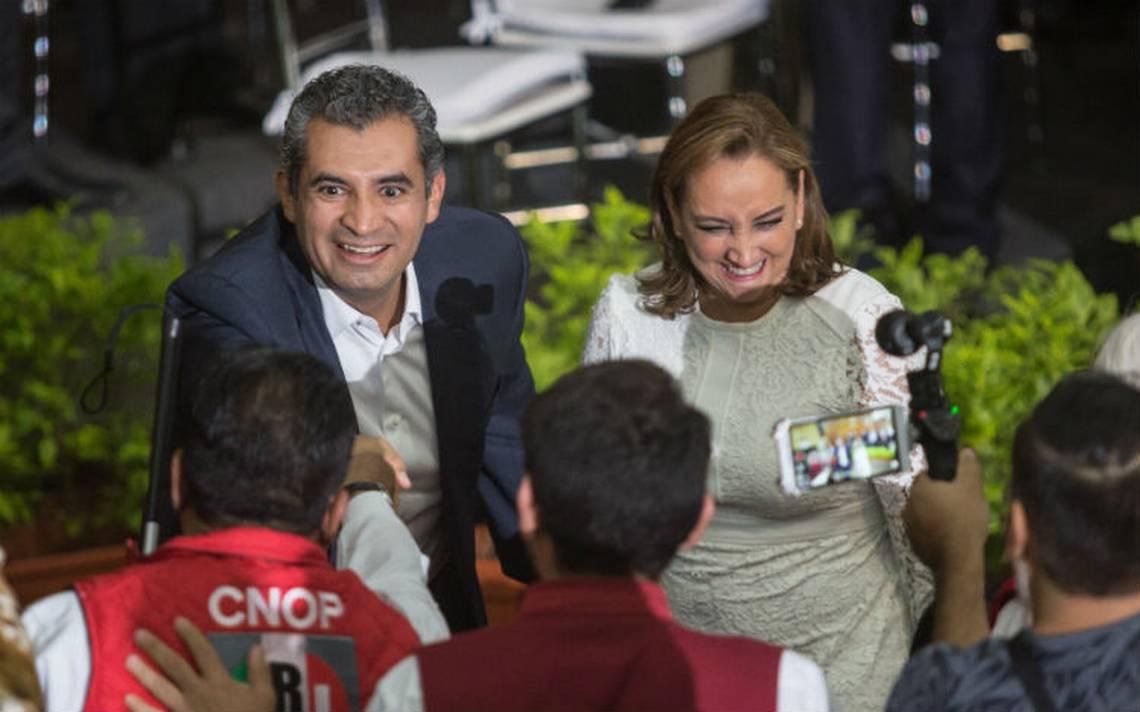 Ochoa Reza no descarta alianza con PVEM y PANAL