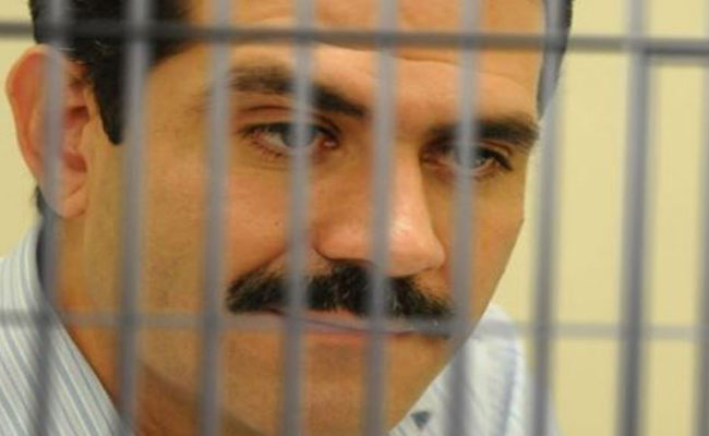 Otorgan amparo a Guillermo Padrés, pero seguirá en la cárcel