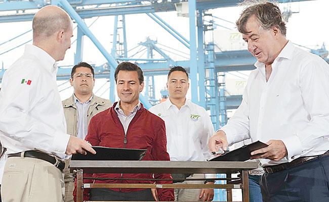 Pemex aprovecha Reforma Energética, destaca el Presidente Peña Nieto