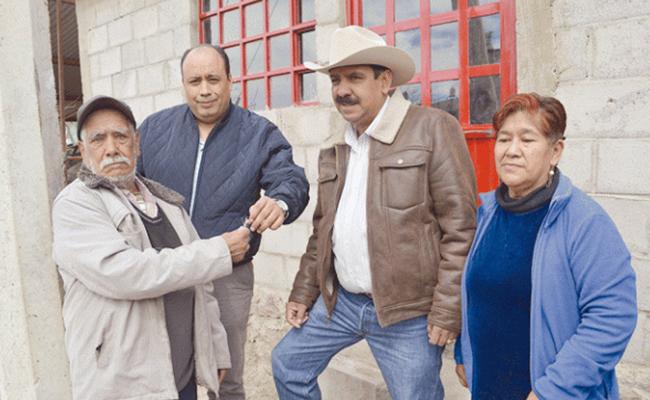 #Crónica. Don Lucio recibe las llaves de su nueva casa