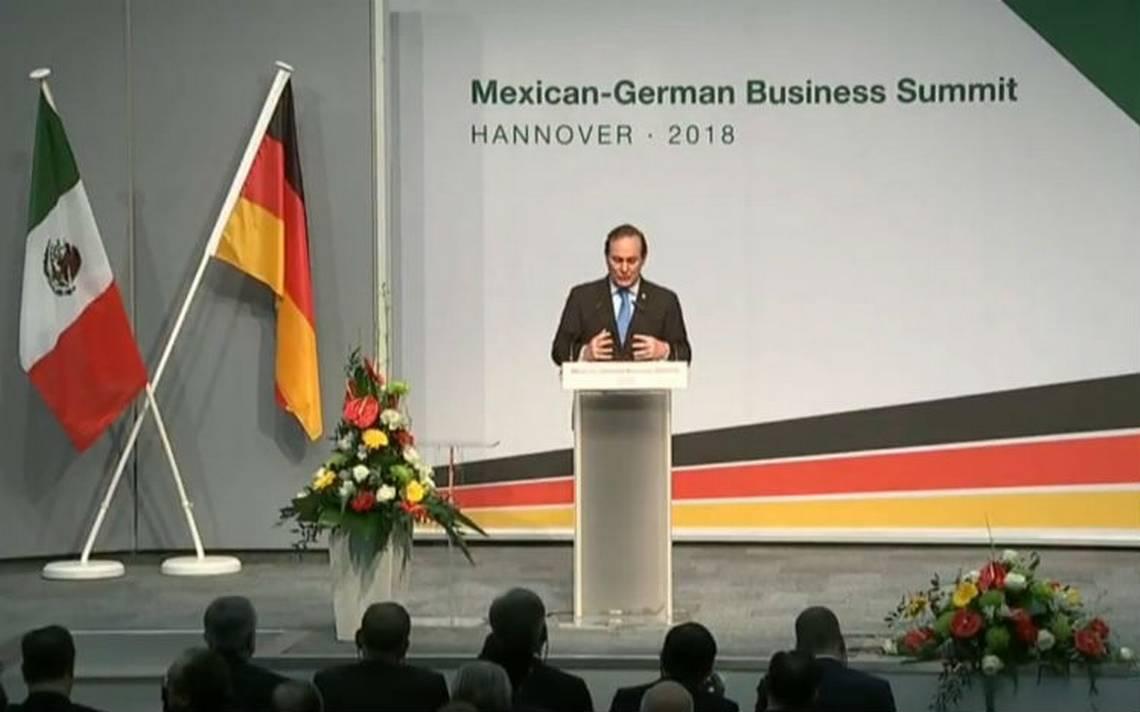 Empresarios desean que México continúe camino de apertura y competitividad: Castañón