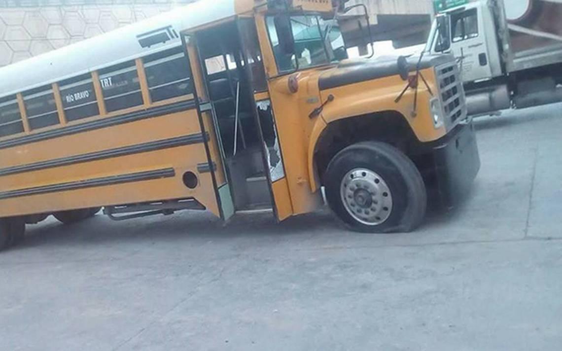 Comando rafaguea autobús con trabajadores luego de negarse a detener su camino