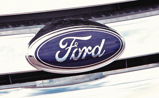 Ford revisará camionetas en México por falla en cinturones de seguridad
