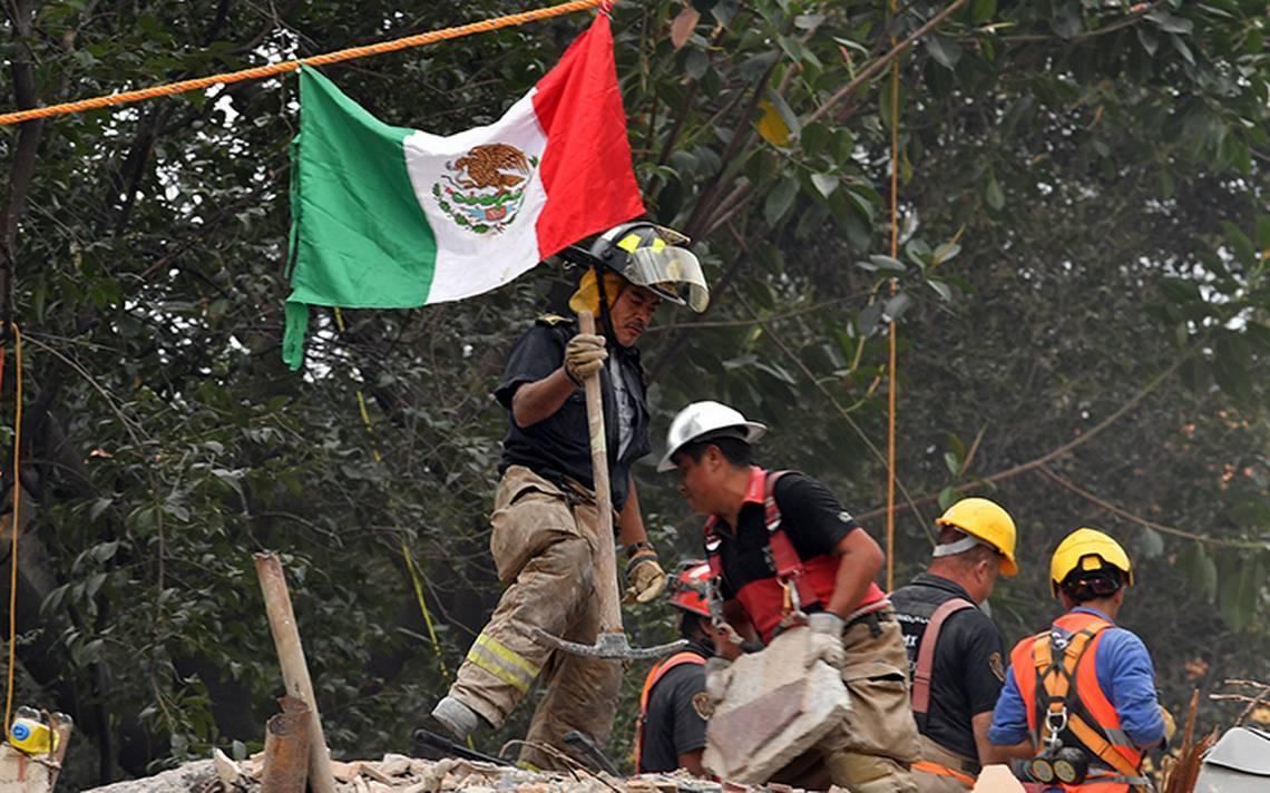 Osorio Chong destaca de labor héroes anónimos tras emergencia por sismo