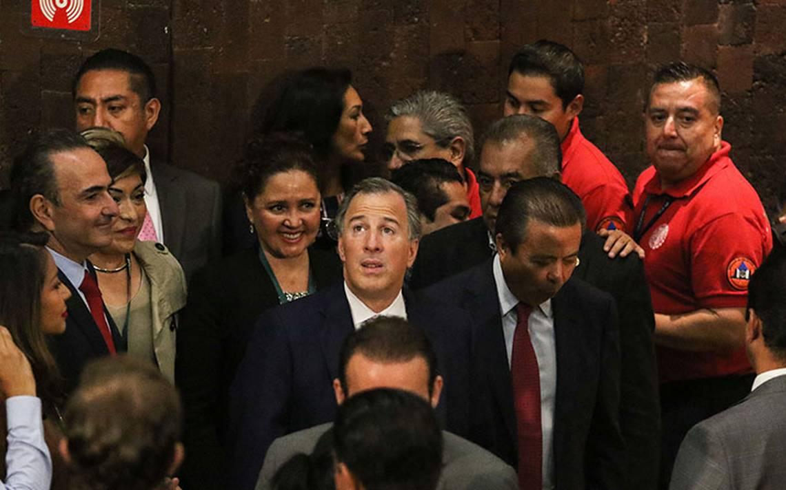Meade busca apoyo para candidatura presidencial en las grandes centrales del PRI