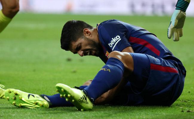 Luis Suárez, fuera de las canchas cuatro semanas por lesión