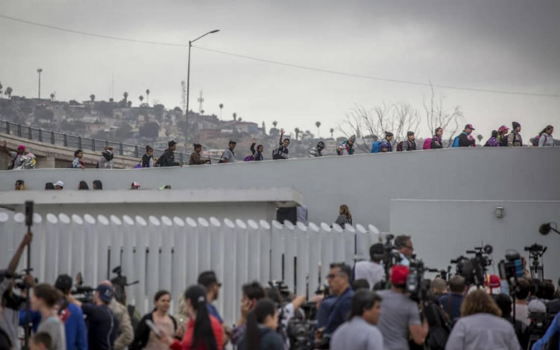 EU presenta cargos contra 11 migrantes de caravana