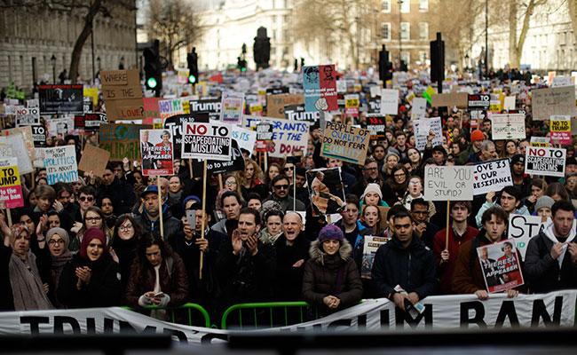 Miles protestan en Londres contra próxima visita de Estado de Trump
