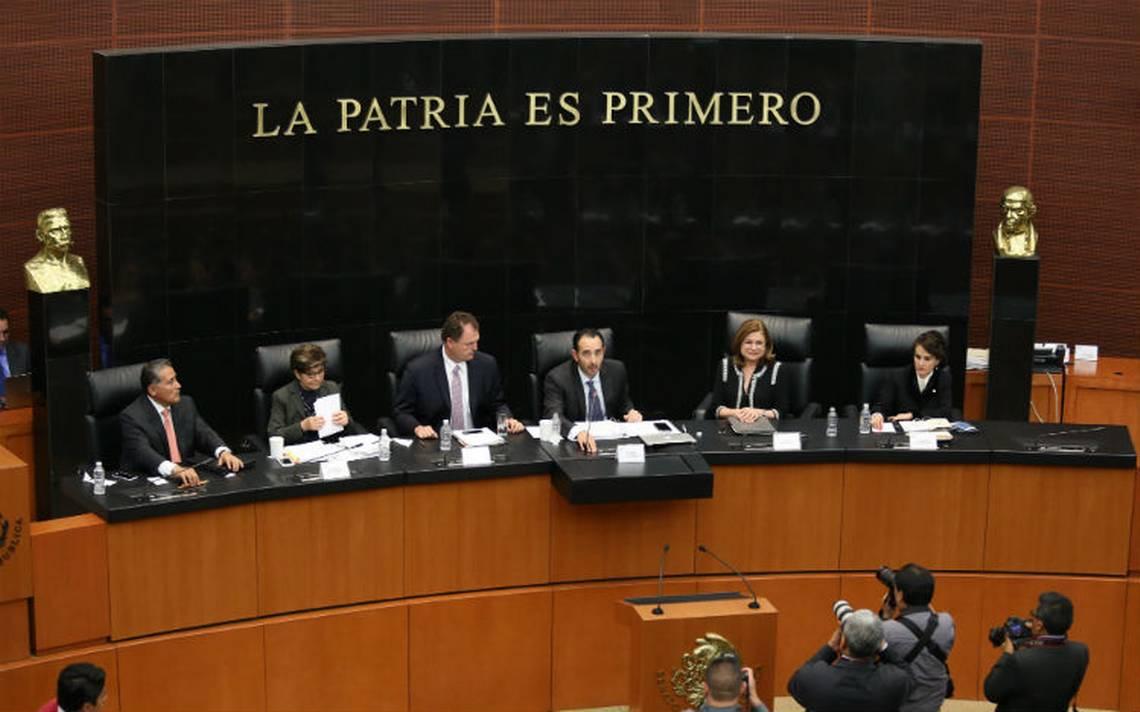 """Alertan """"madruguete"""" del PRI en el Senado para modificar ley laboral"""