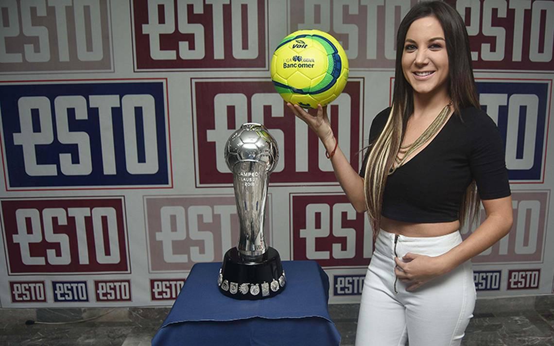 La Copa que disputarán Toluca y Santos visitó la Redacción de ESTO