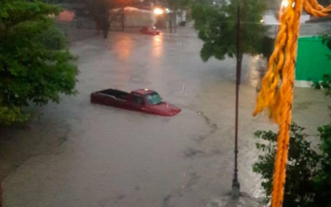Tormenta inunda la Huasteca Potosina