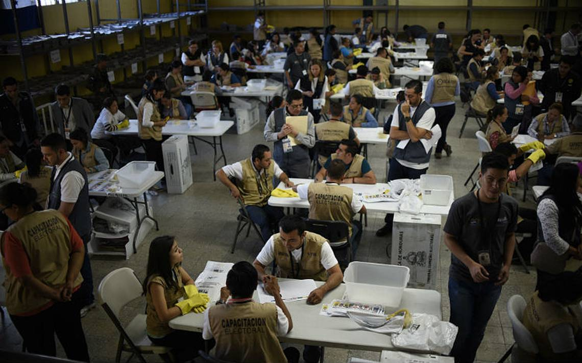 Tras segundo recuento de actas, tribunal electoral de Honduras rechaza fraude