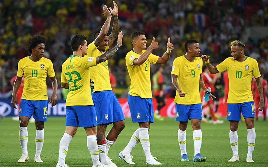 Brasil remata 2-0 a Serbia y se cita con México en Samara