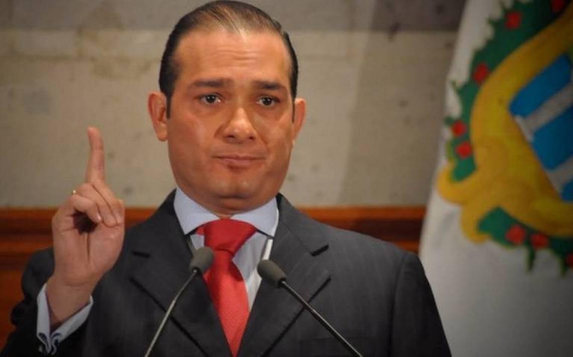 Solicitan alerta migratoria y ficha roja contra exfiscal de Veracruz
