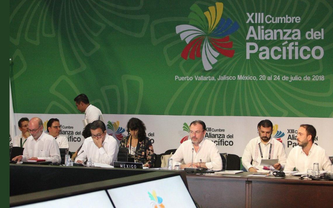 Evalúan posible ingreso de Corea y Ecuador en Alianza del Pacífico