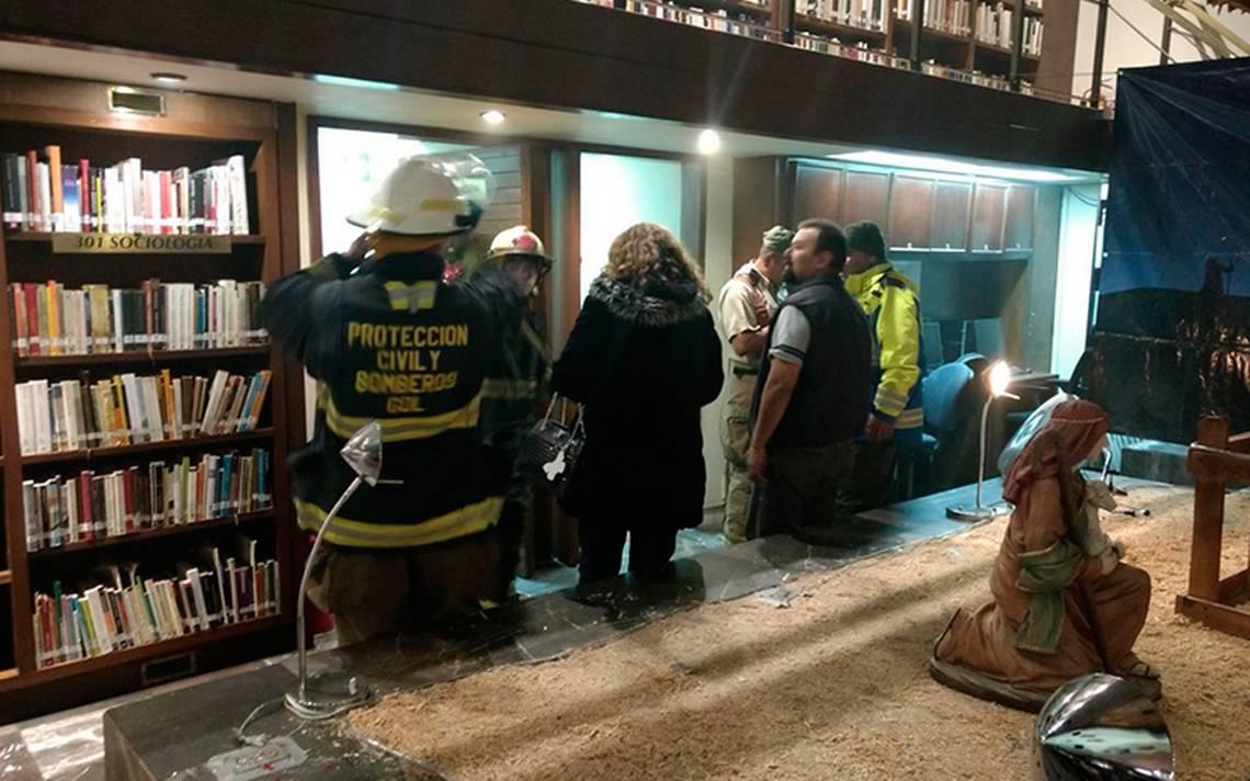 En riesgo acervo cultural de Jalisco: se incendia Biblioteca Iberoamericana