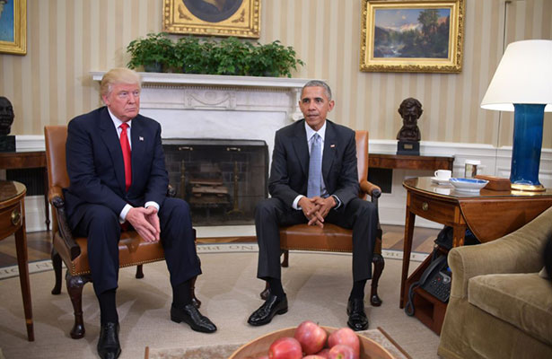 Trump arrecia ataques contra Barack Obama; lo tacha de débil