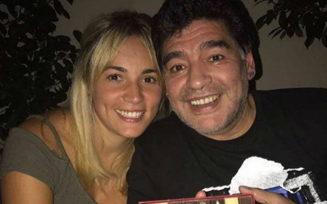 Novia de Maradona se integrarA? al equipo femenil de Dorados