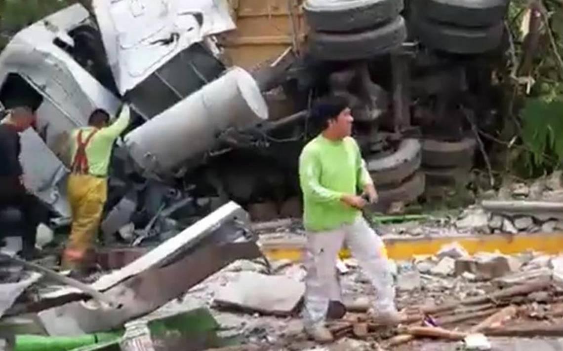 Tráiler pierde los frenos y arrolla a personas en Tuxtla Gutiérrez, Chiapas