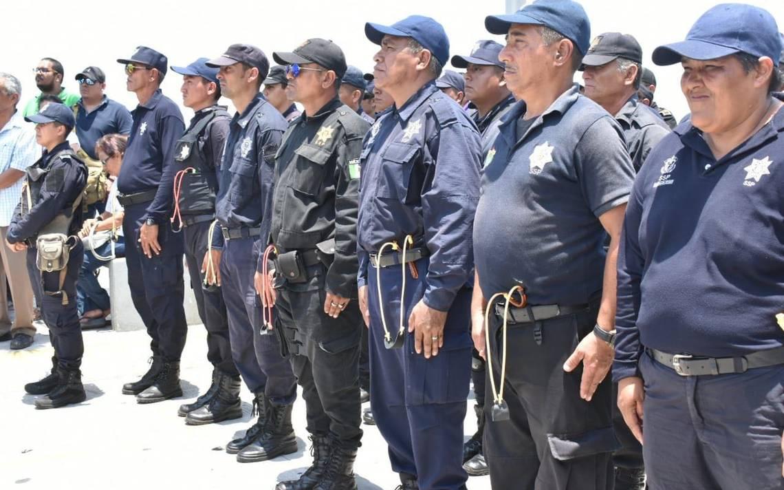 Policías de Alvarado, Veracruz todavía utilizan resorteras contra el crimen