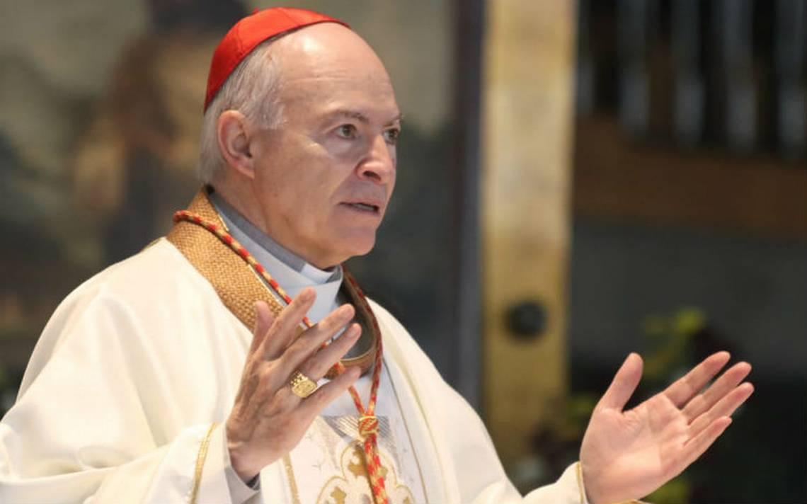 Arzobispo Carlos Aguiar llama a dar apoyo a migrantes