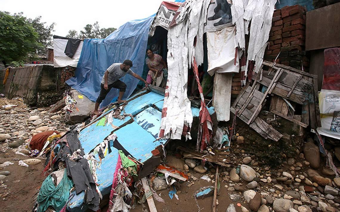 Aumenta a 370 la cifra de muertos por las inundaciones en el sur de la India