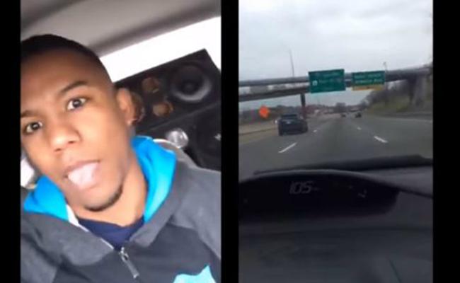 Transmite por Facebook Live choque mientras conduce a alta velocidad