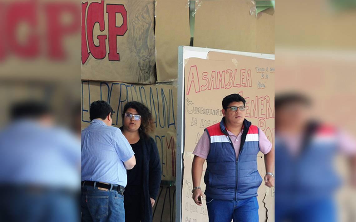 Retraso de becas y estímulos de posgrado por edificio tomado: IPN