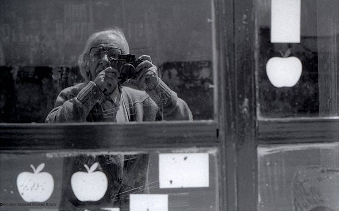 Unesco integra colección del fotógrafo Manuel Álvarez Bravo a la Memoria del Mundo