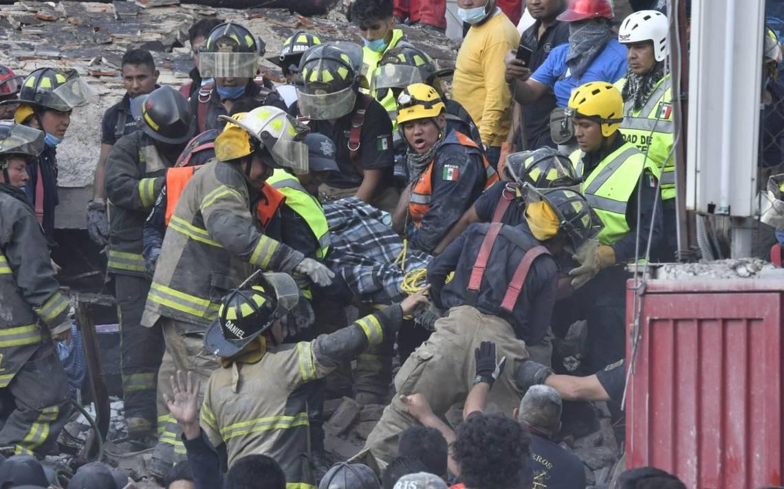 Suman al menos 143 muertos tras terremoto en México; continúan los rescates
