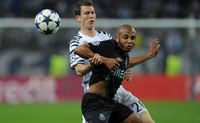 Juventus vence 2-0 a un Porto débil en la Champions League