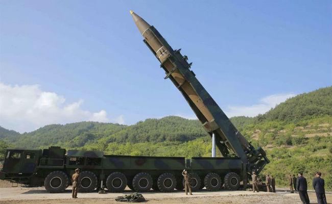 Bolsa de Tokio cae tras lanzamiento de misil de Corea del Norte