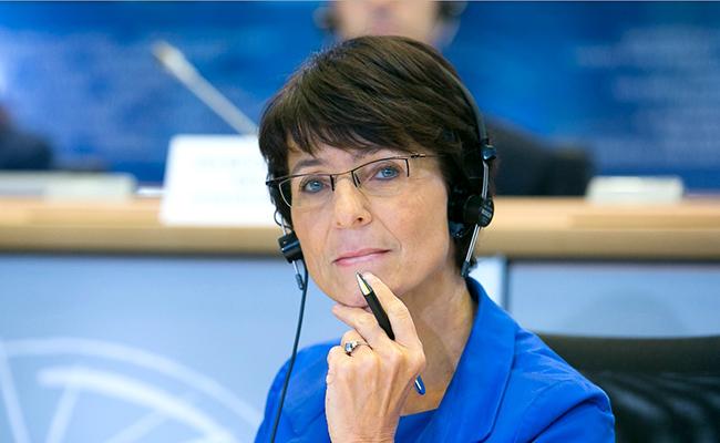 UE creó tres millones de empleos en 2016 que han hecho retroceder la pobreza