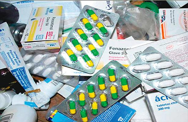 Pierde sector salud 18 mil mdp al año por comercio ilegal de medicinas