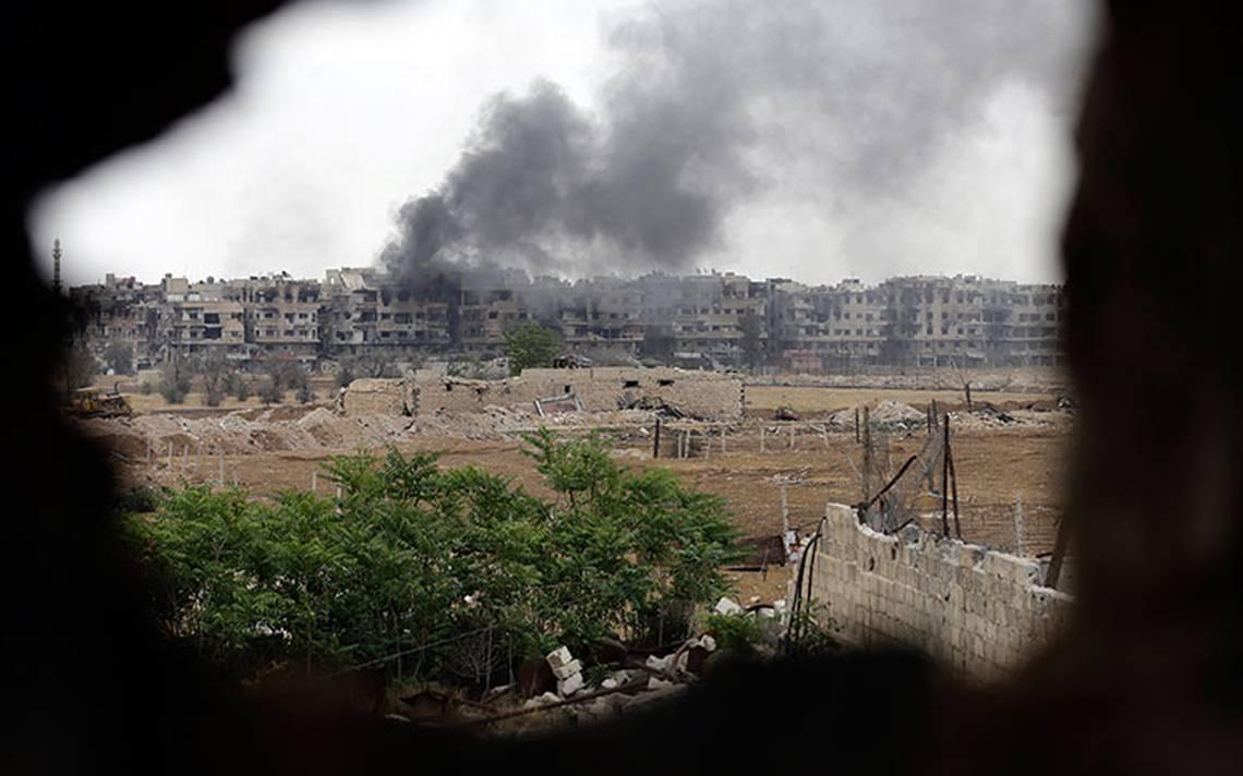 "Siria reporta ataque a sus bases militares por ""misiles enemigos"""
