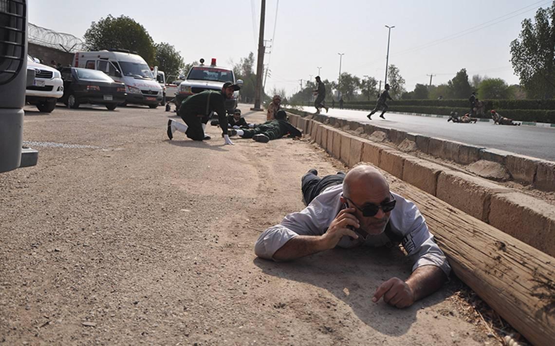 Durante desfile militar falsos soldados provocan masacre de al menos 29 muertos en Irán