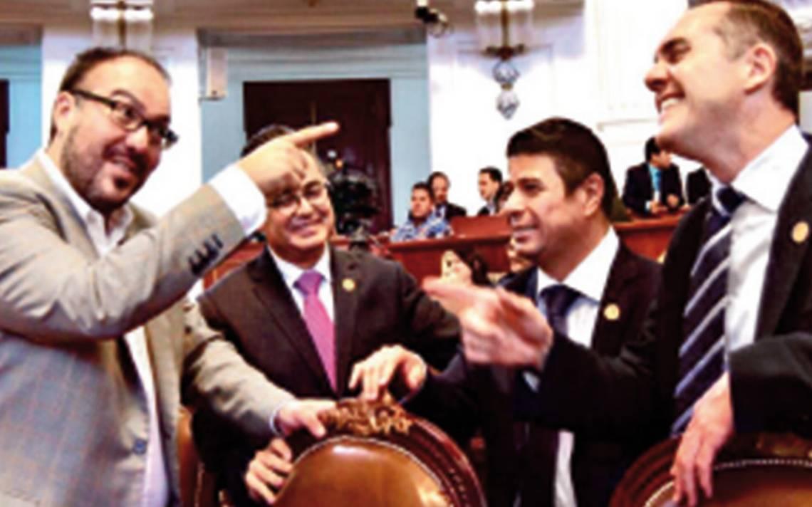 Dejan como herencia, Constitución impugnada a nuevos legisladores