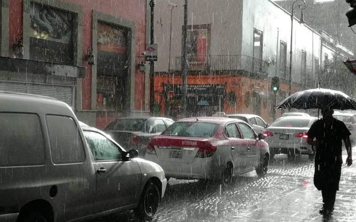 Llueve en zona centro de la CDMX