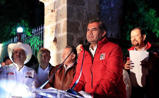 Presente Ochoa Reza en arranque de campaña de candidato priista en Nayarit