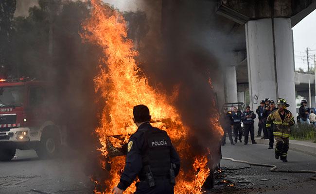 """Así fue la muerte de """"El ojos"""" en Tláhuac: Marina, disturbios y camiones quemados"""