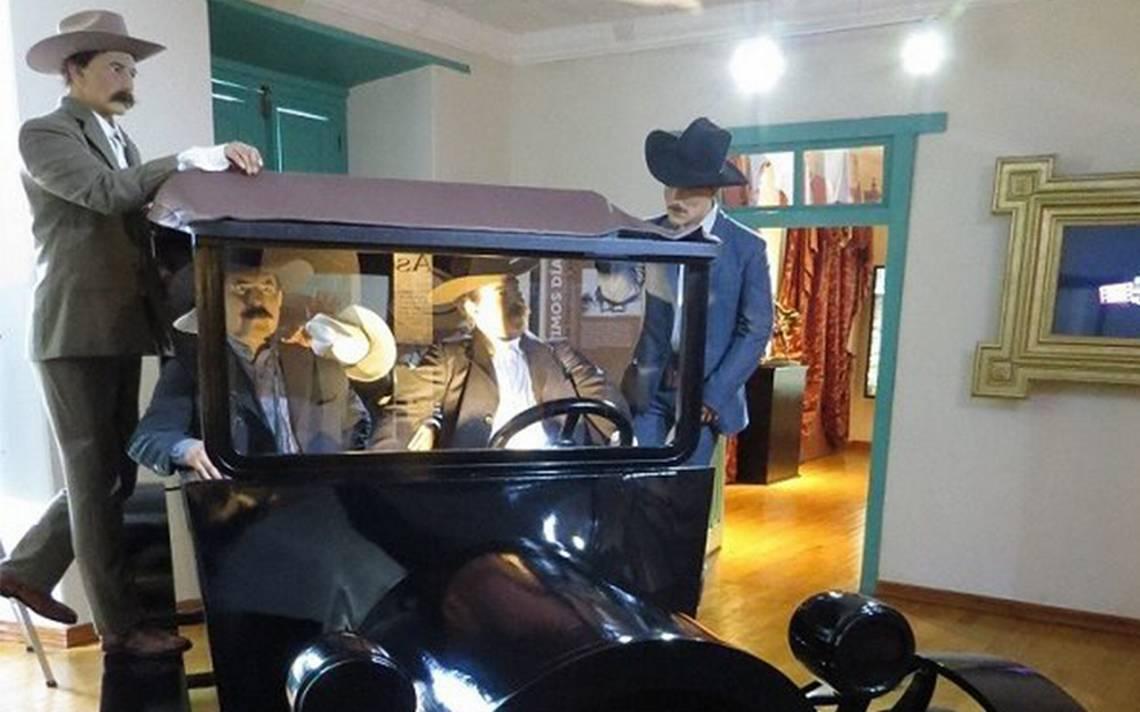 "Roban estatua de ""Pancho"" Villa de un museo en Parral, Chihuahua"