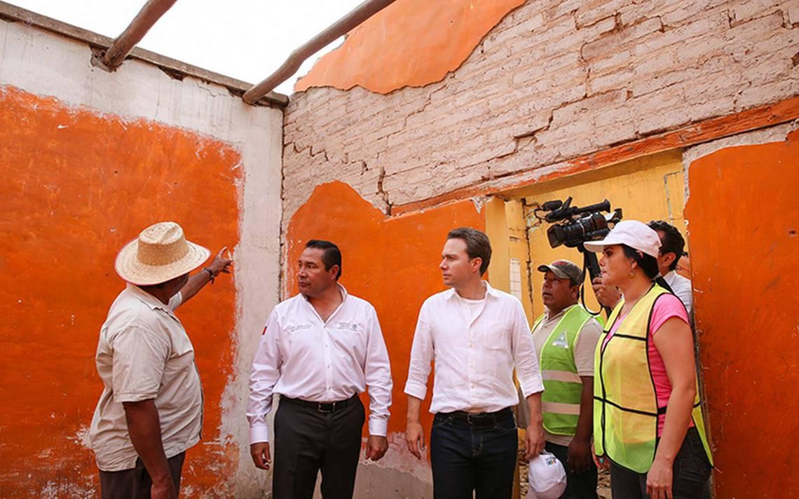 Continúa entrega de apoyos a damnificados en Chiapas