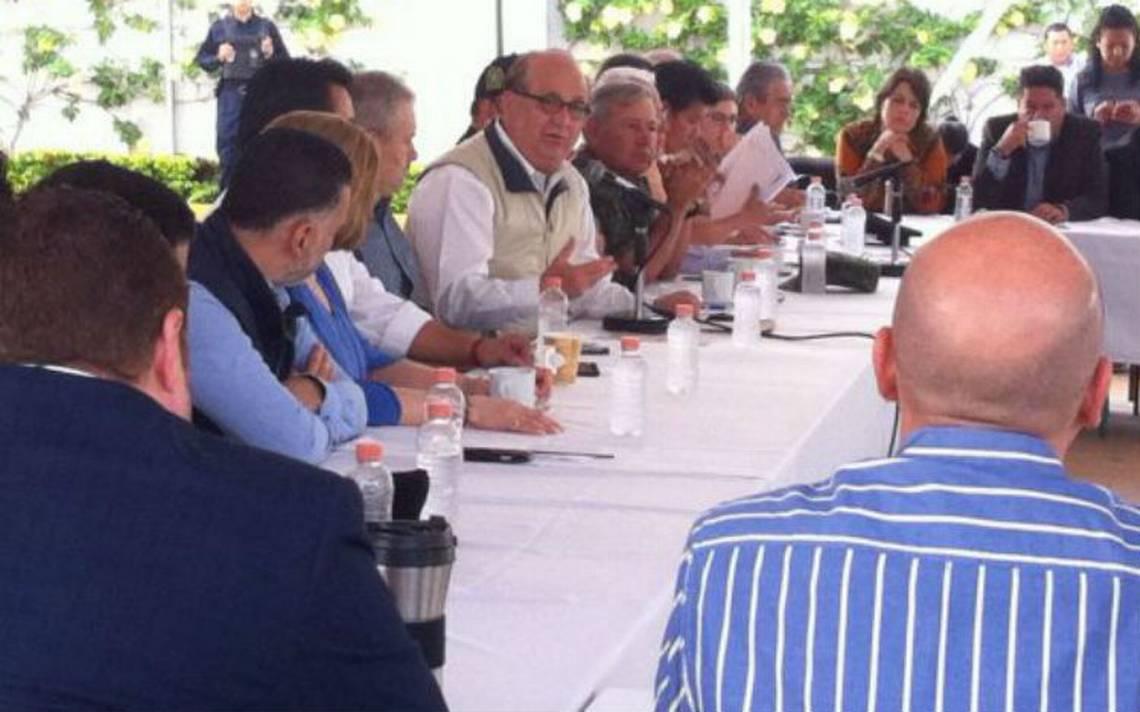Morelos y empresarios buscan crear fideicomiso para reconstrucción