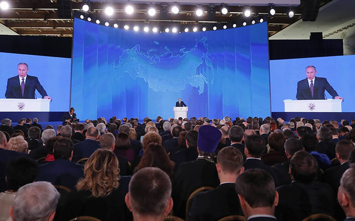 "Putin presenta misil ""invencible"""