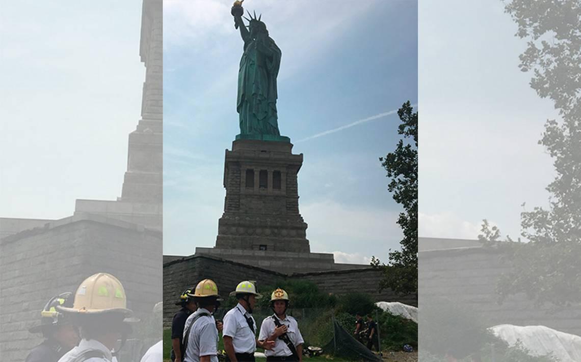 Turistas en pánico por incendio en la Estatua de la Libertad