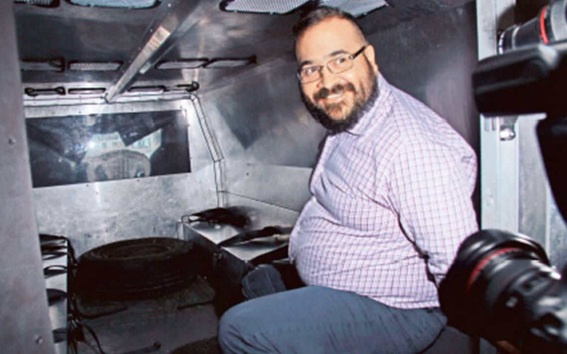 PGR busca evitar la fuga de Javier Duarte