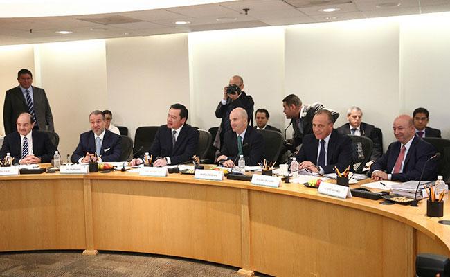 Sin declaraciones sobre espionaje concluye reunión de  Segob, PGR y Cisen