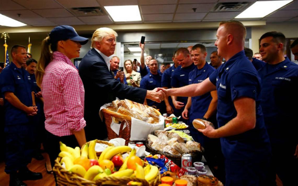 EU va 'realmente bien', presume Trump en Acción de Gracias desde Miami
