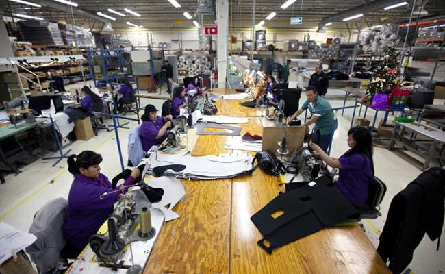 Empleo manufacturero crece 3.0 por ciento anual en diciembre 2016
